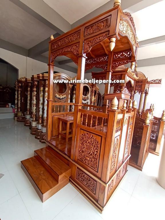 mimbar masjid Jepara tangga samping